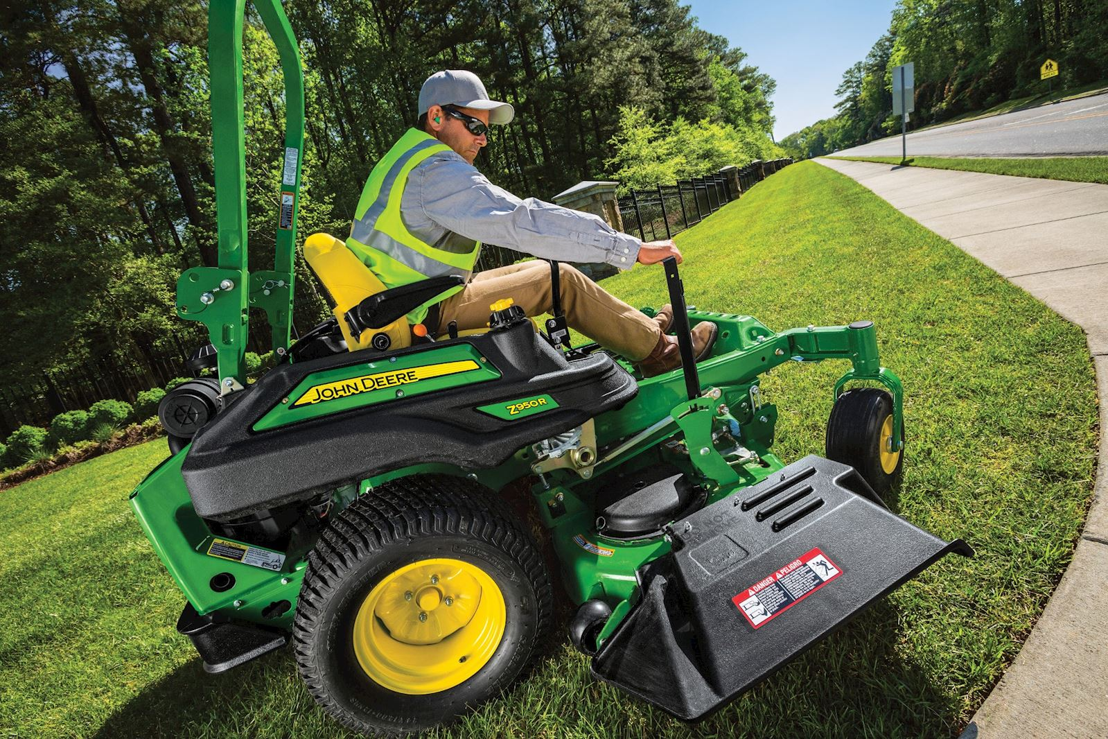 Commercial Lawn Equipment Sale